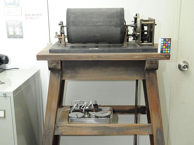 ヴント式クロノグラフヴント氏クロノグラフ (微小時間測定器)