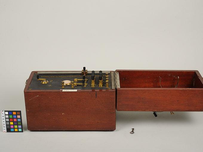 シーショアの聴力測定器シーショア氏聴力測定器4
