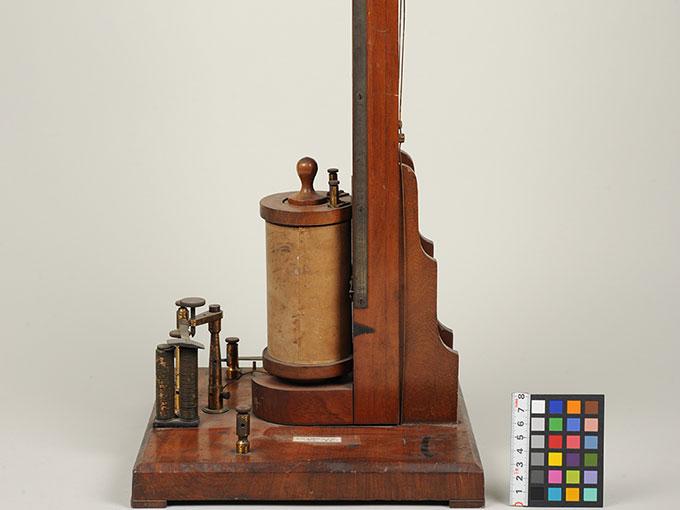 最小可聴音検査器 (縦型)感応コイル3