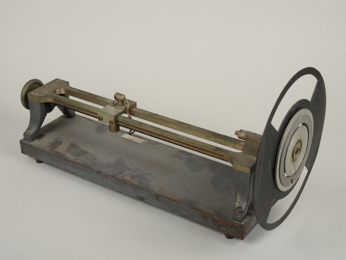 マルべの混色器マルベ(Marbe)の混色の実験装置とその関連機器 2