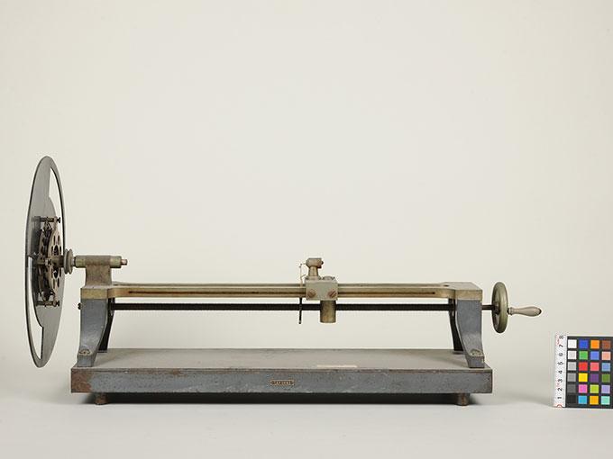 マルべの混色器マルベ(Marbe)の混色の実験装置とその関連機器 3