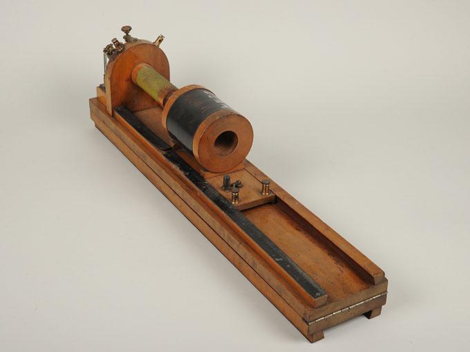 最小可聴音検査器(横形)Schlitteninduktions Apparat nach Du Bois-Reymond3