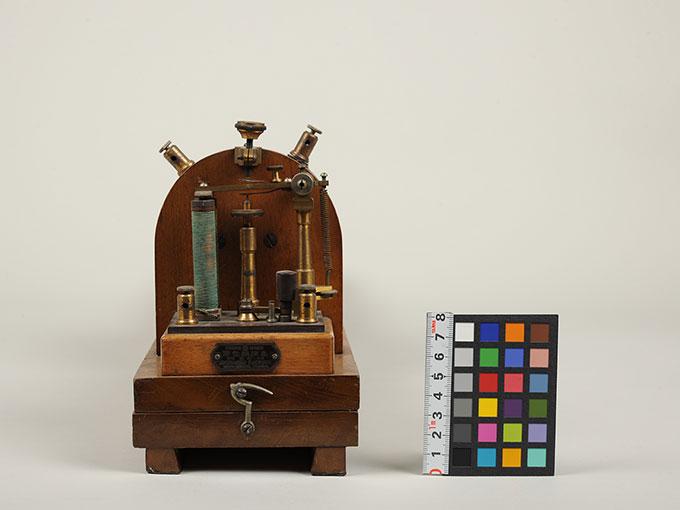 最小可聴音検査器(横形)Schlitteninduktions Apparat nach Du Bois-Reymond5