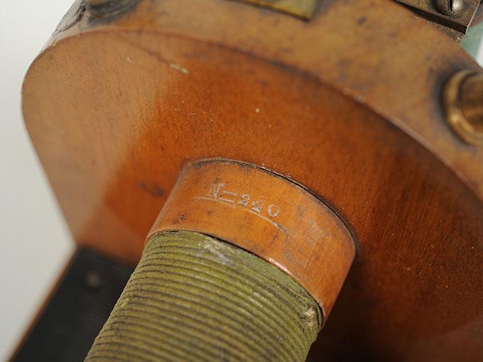 最小可聴音検査器(横形)Schlitteninduktions Apparat nach Du Bois-Reymond10