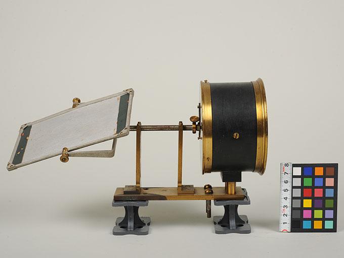 太陽光導入装置(ヘリオスタット)と光波長計 3