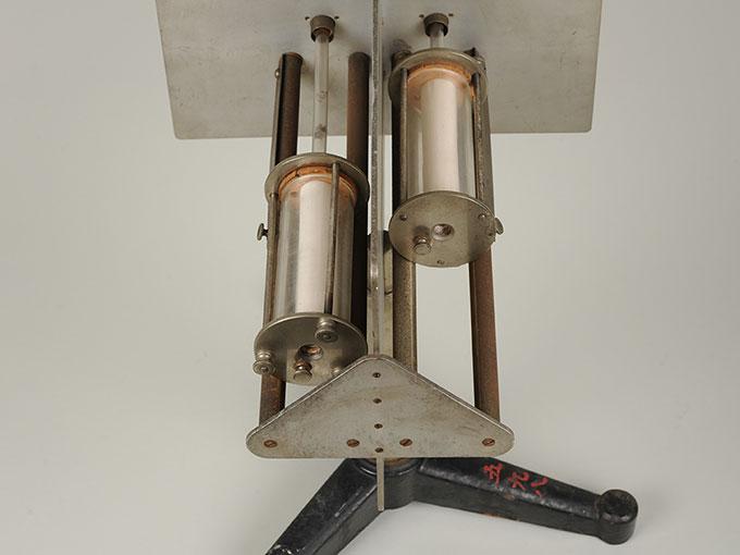 ツワーデマーカの嗅覚研究器