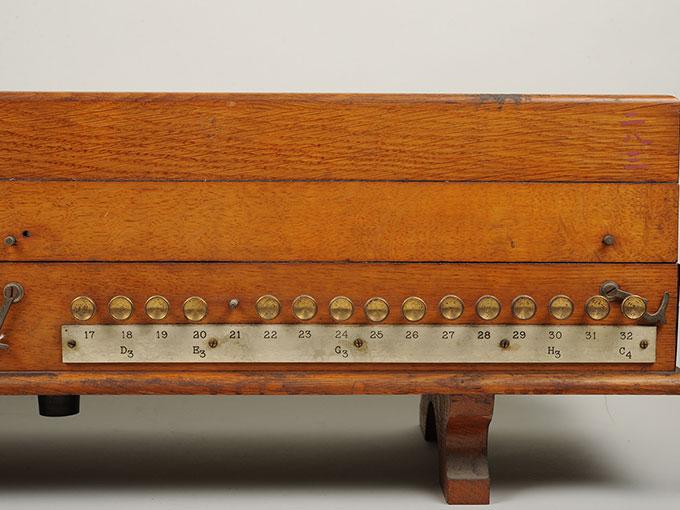 標準音響発生器音響音程発生器19