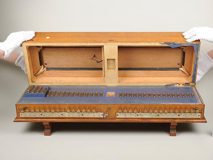 標準音響発生器音響音程発生器22