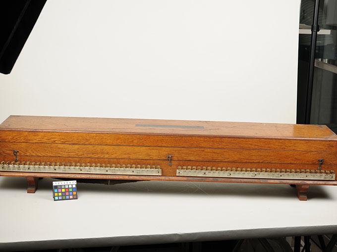 標準音響発生器音響音程発生器24