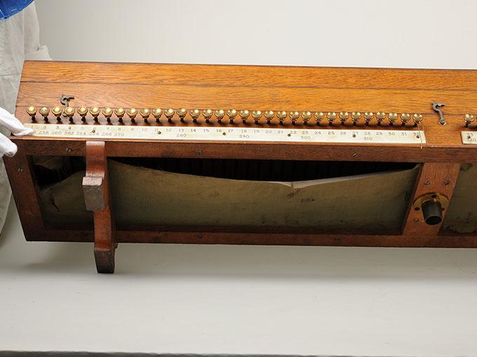 標準音響発生器音響音程発生器30