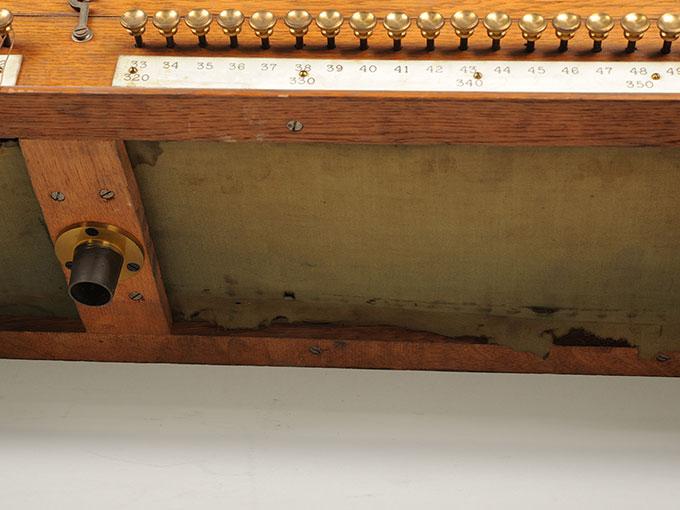 標準音響発生器音響音程発生器33