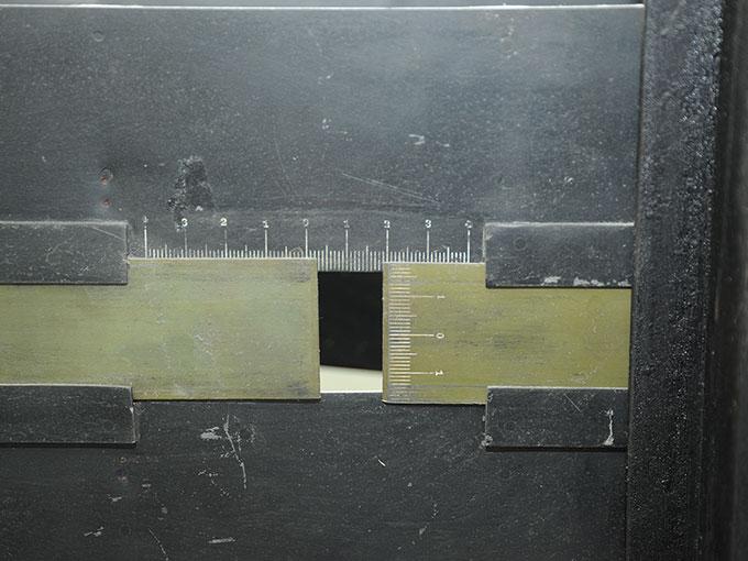 多用途振子型瞬間露出器時間信号発生器およびタキストスコープ2