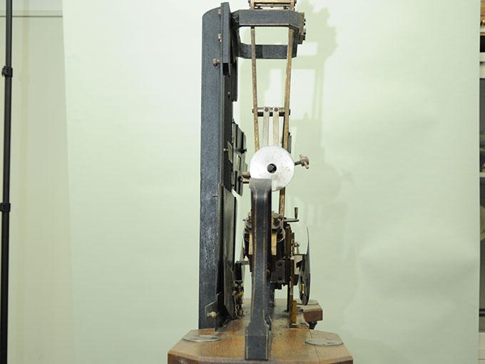 多用途振子型瞬間露出器時間信号発生器およびタキストスコープ4