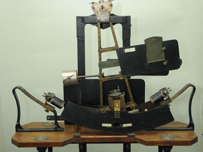 多用途振子型瞬間露出器時間信号発生器およびタキストスコープ9