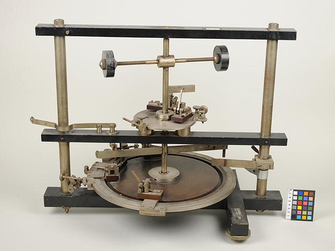 時間信号発生器高速電磁回転装置 6