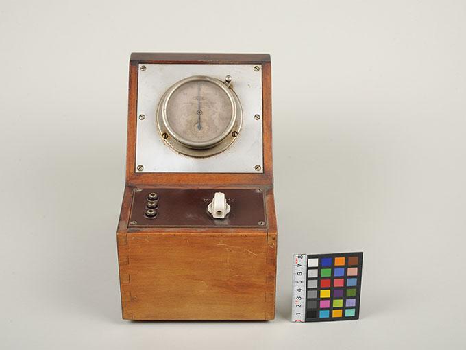 電気時間計2