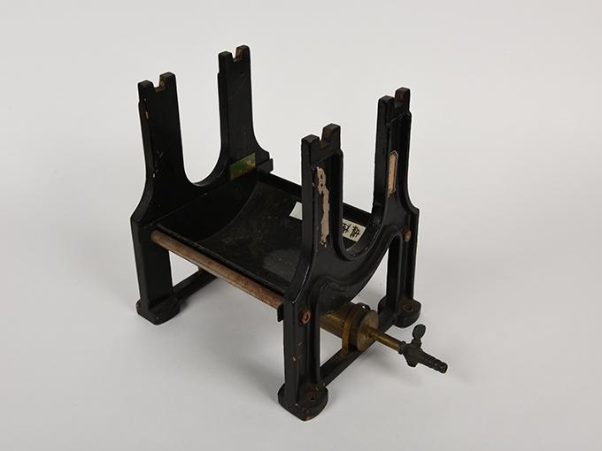 煤煙器、煤煙固定器2