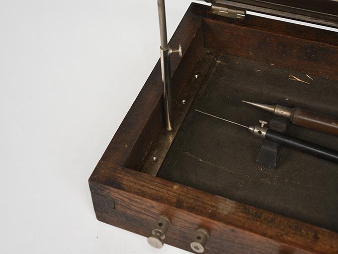 安定度検査器熟練検査器10