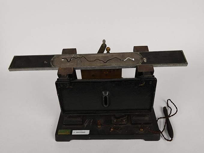 安定度検査器指頭安定度検査器10