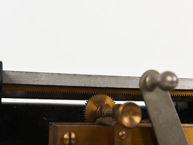 安定度検査器指頭安定度検査器23