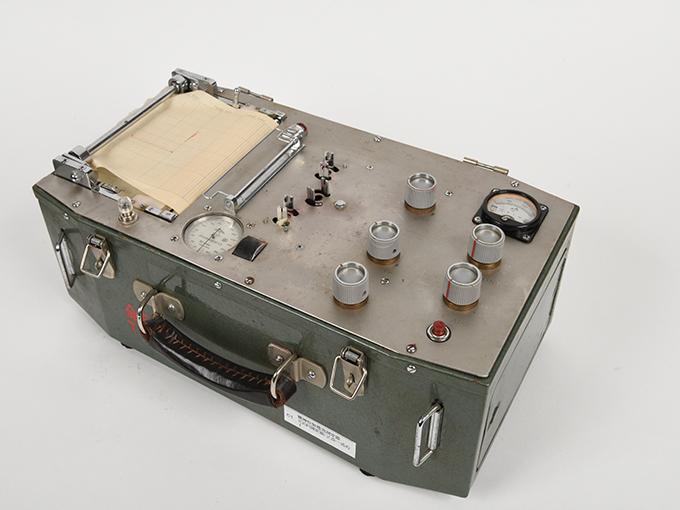 精神反射電流測定器T.K.K.702 RP-4型精神反射電流測定器精神反射電流測定器(GSR測定器)2点一式の1、精神反射電流測定器(GSR測定器)2点一式の211