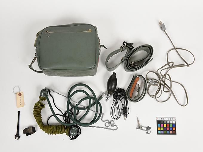 精神反射電流測定器T.K.K.702 RP-4型精神反射電流測定器精神反射電流測定器(GSR測定器)2点一式の1、精神反射電流測定器(GSR測定器)2点一式の214