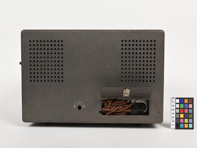 低周波発振器低周波発振器 RC-2K型7