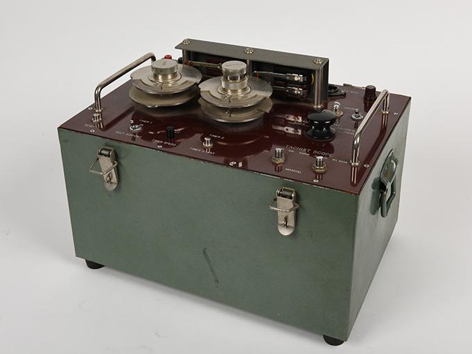 タキストスコープの時間・照度の調節器(名称記入なし2点一式の1)TACHISTSCOPE、(名称記入なし2点一式の2)8