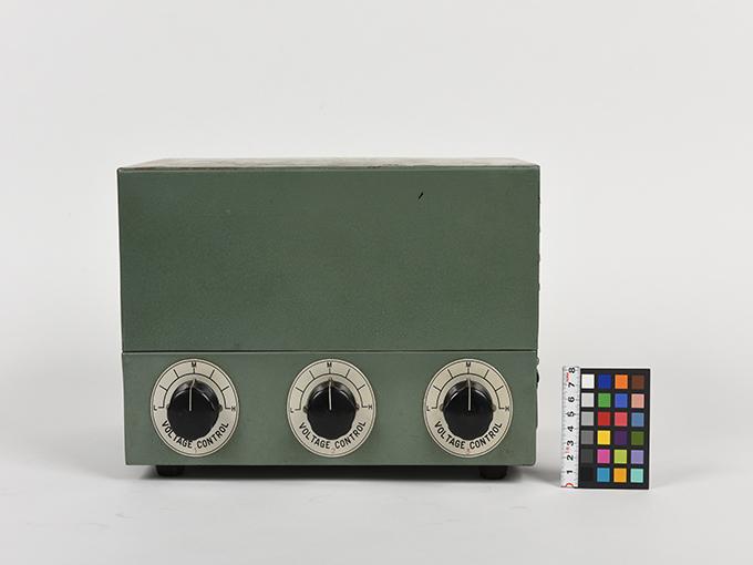 タキストスコープの時間・照度の調節器(名称記入なし2点一式の1)TACHISTSCOPE、(名称記入なし2点一式の2)11