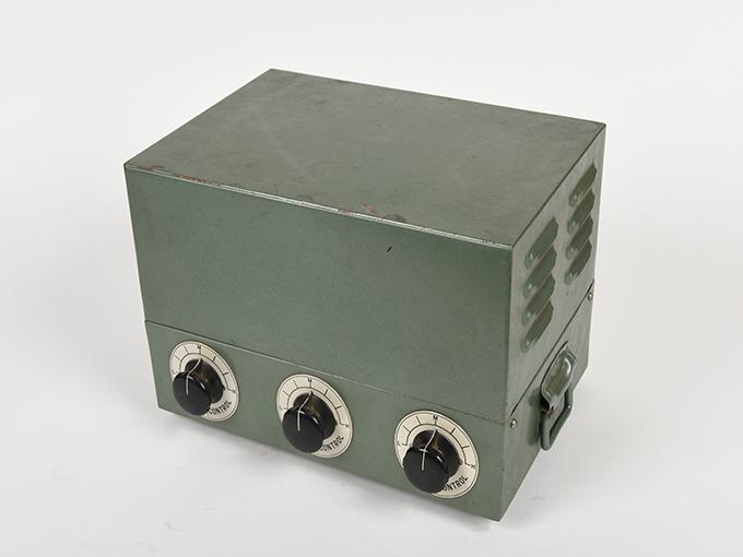 タキストスコープの時間・照度の調節器(名称記入なし2点一式の1)TACHISTSCOPE、(名称記入なし2点一式の2)15