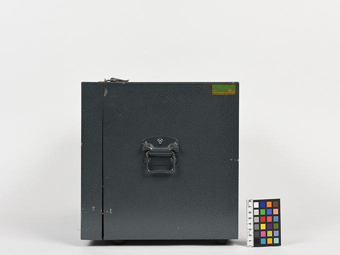 電気ショック電流調整器4