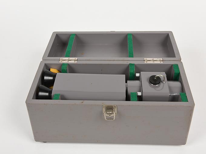 フリッカー電気閃光値測定器2点1式のうち1、電気閃光値測定器2点1式のうち27