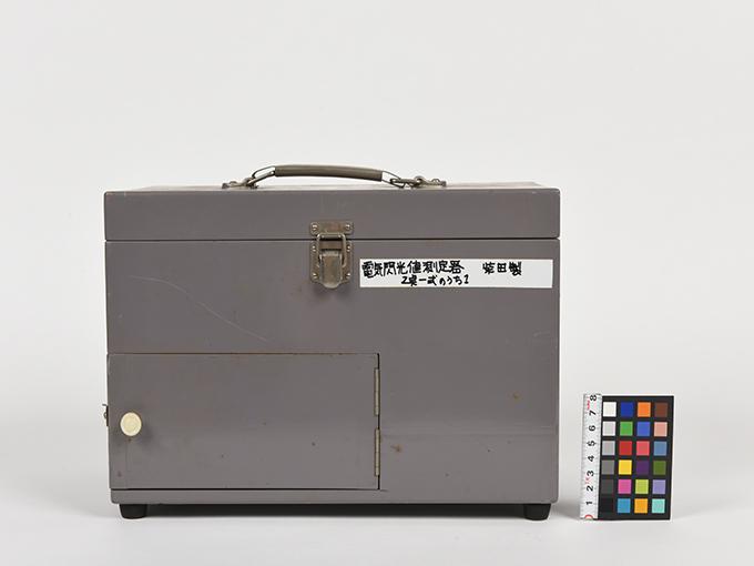 フリッカー電気閃光値測定器2点1式のうち1、電気閃光値測定器2点1式のうち215