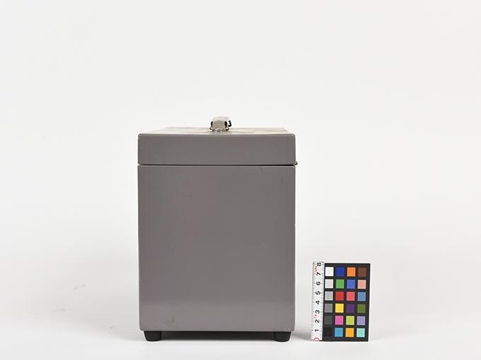 フリッカー電気閃光値測定器2点1式のうち1、電気閃光値測定器2点1式のうち218