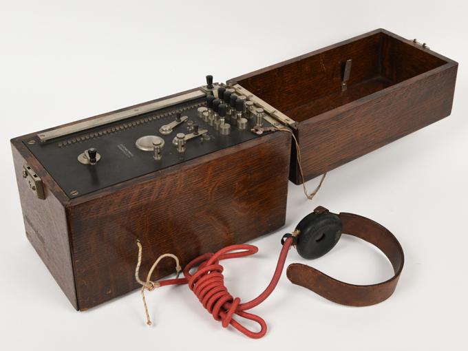 シーショア式聴覚計オージオメーター