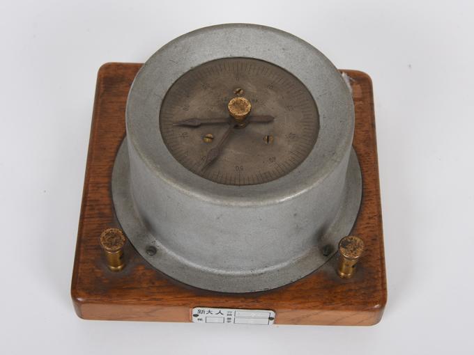 電気計数器タッピング7