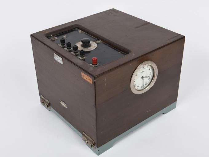 ポリグラフ電気破壊式複合記録器