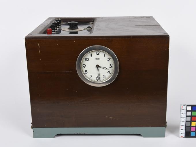ポリグラフ電気破壊式複合記録器4