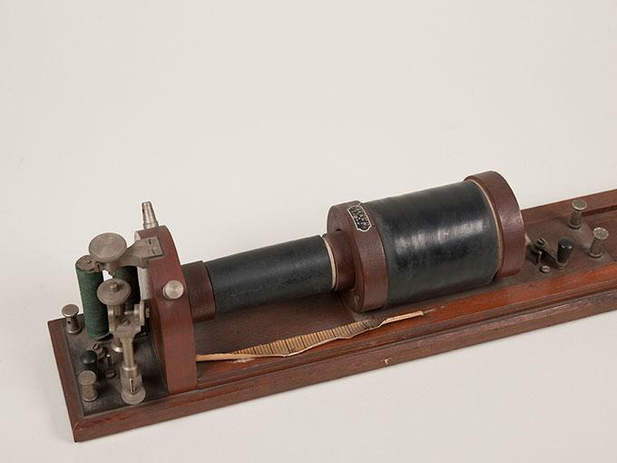 滑動感応器Schlitteninduktions Apparat nach Du Bois-Reymond, 最小可聴音検査器(横型) デュボアレーモン滑走聴覚計6
