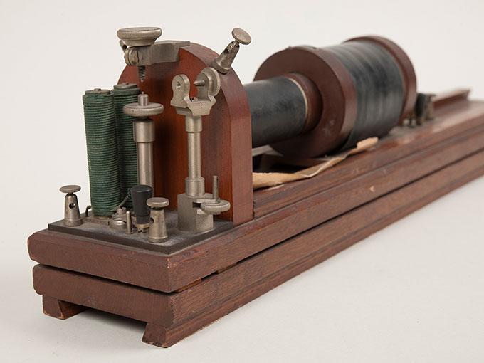 滑動感応器Schlitteninduktions Apparat nach Du Bois-Reymond, 最小可聴音検査器(横型) デュボアレーモン滑走聴覚計8