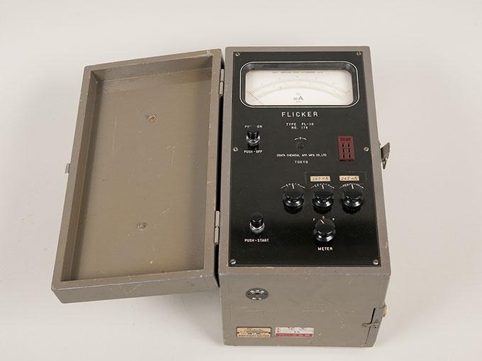 フリッカー値測定器フリッカー値測定器 FL-106