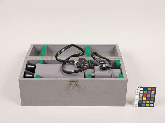 フリッカー値測定器フリッカー値測定器 FL-1012