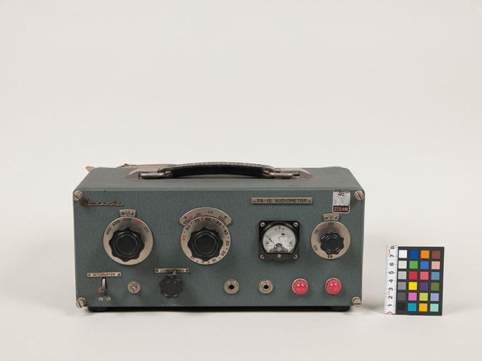 オージオメータPA-1B Audiometer2