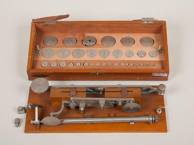 ヴントの圧秤重量弁別器圧覚天秤, Wundtの圧秤, ヴント圧計8