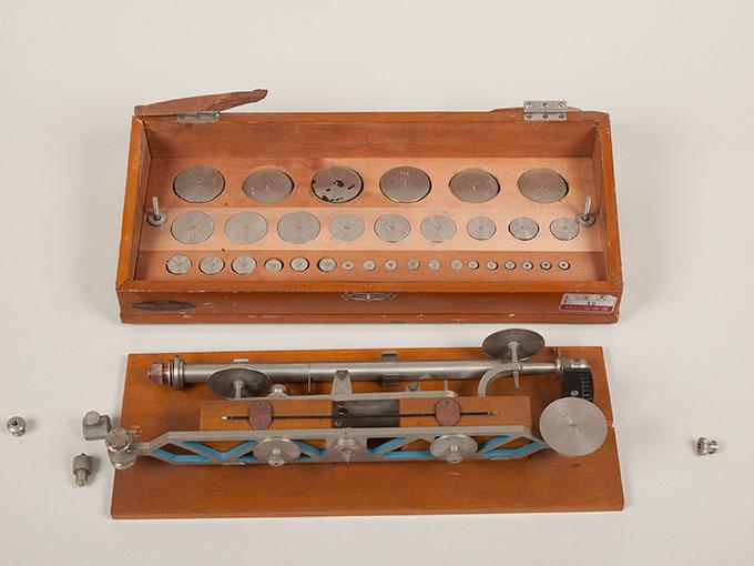 ヴントの圧秤重量弁別器圧覚天秤, Wundtの圧秤, ヴント圧計9