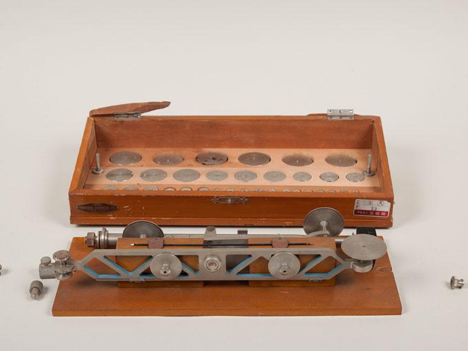 ヴントの圧秤重量弁別器圧覚天秤, Wundtの圧秤, ヴント圧計10