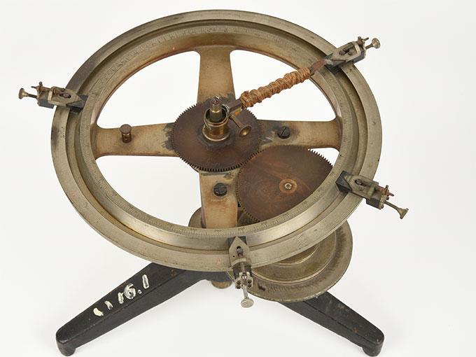 Meumannの時間知覚装置Meumann's universal contact apparatusUmvesal-Kontaktopparat, 阿部効果装置6