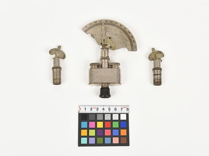 Reise tonometer/携帯型音響発生器ホルンベスデルの携帯型音響発生器Reisetonometer nach Hornbostel4