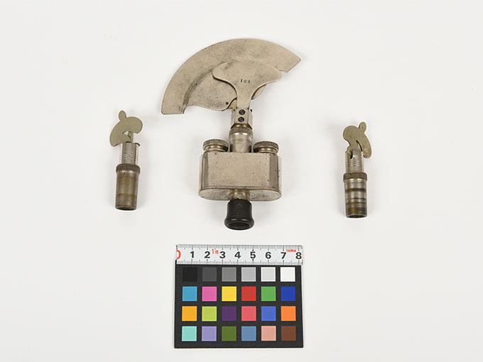 Reise tonometer/携帯型音響発生器ホルンベスデルの携帯型音響発生器Reisetonometer nach Hornbostel6
