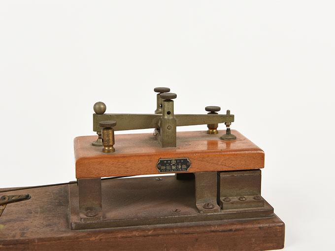 反応キー槓鍵タッピング装置6